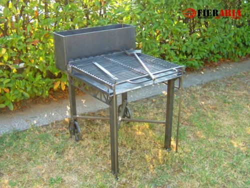 Barbeque din fier forjat
